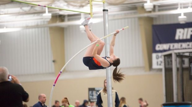 Hopps-Weber Sets School Record in Pole Vault; Titans Capture First Place