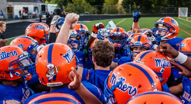 Football Travels to Fridley for 6:00PM Game