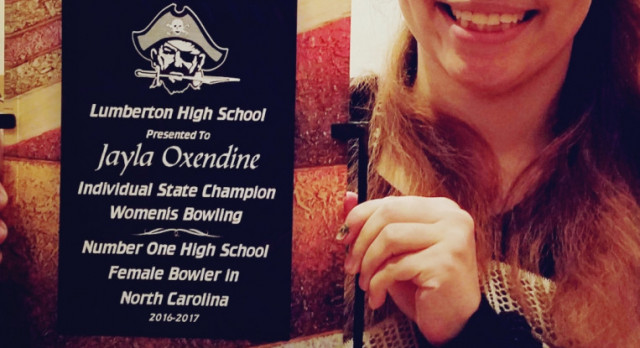 Jayla Oxendine Presented With Bowling Award
