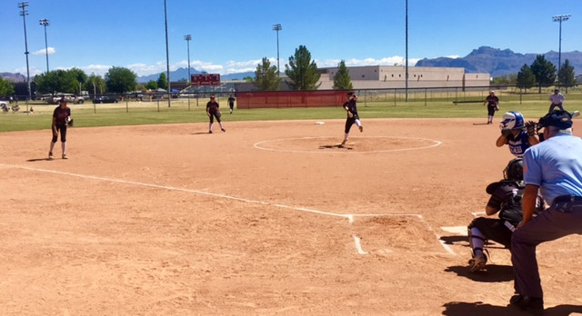 Jag Softball Advances to Quarter-Finals