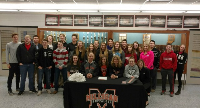 Amber Vecrumba Receives Scholarship to Cheer at Milligan College