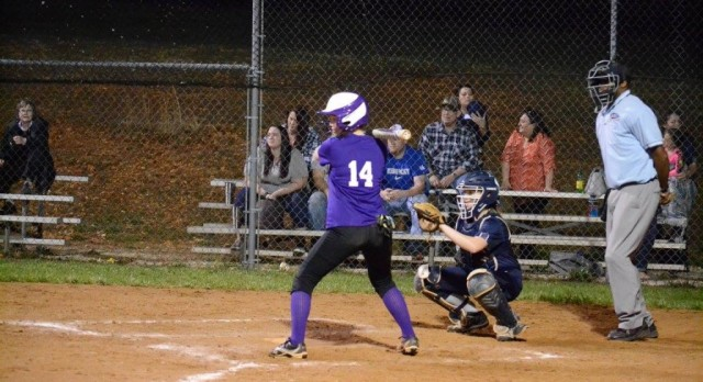Lady Colonels Fall to LaRue Co 13-3