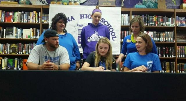 Kaci Clines signs to cheer at Lindsey Wilson