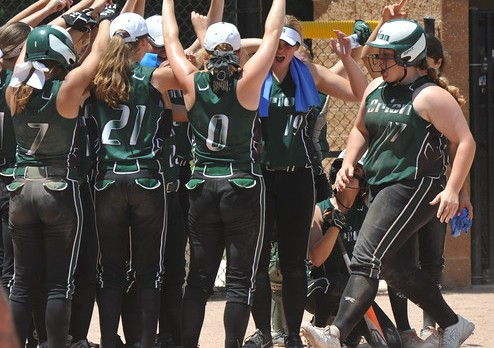Lady Dragons take Regional softball title, move on to quarterfinals in State Tournament