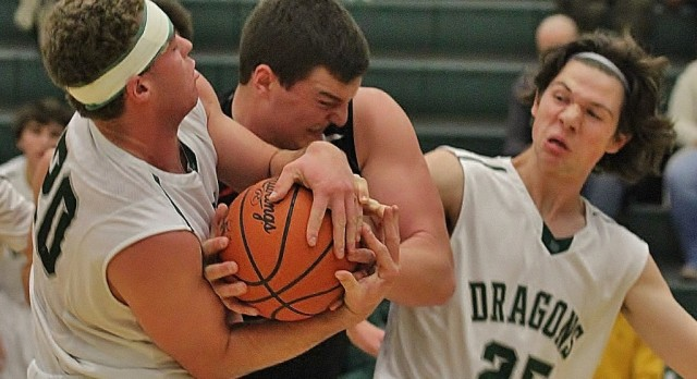 Late rally not enough for Dragons, as Romeo holds on for 6 point win