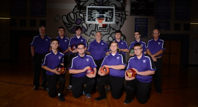 TR Bowling Places 2nd & 3rd in Conference