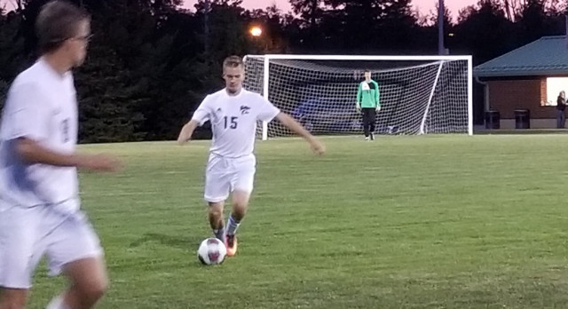 Boys Soccer: Cats drop league contest to Dogs