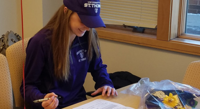 Scheuerman Selects St. Thomas!