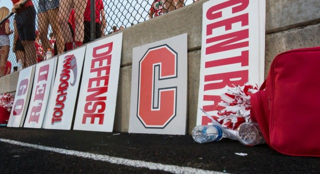 The Blade: Warren, Central Catholic football roll to easy victory