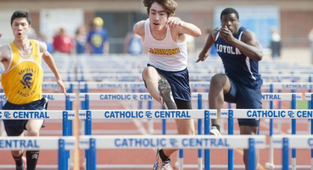 Boys Varsity Track finishes 3rd place at CHSL Final