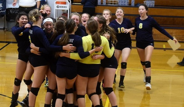 Volleyball Returns to Catholic League Championship!