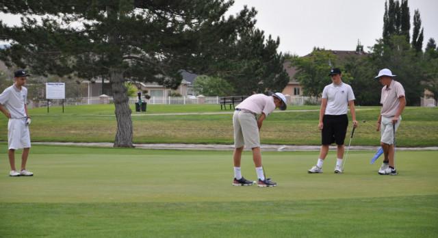 Boy's Golf Cruise to Third Straight @ Region