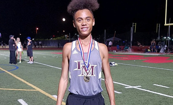 Hercules Smashes 3200m School Record