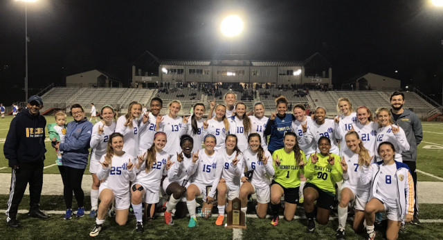 Henry Clay Soccer Sweeps the 42nd District