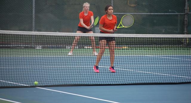 Sprague High School Girls Varsity Tennis beat West Albany High School 5-3