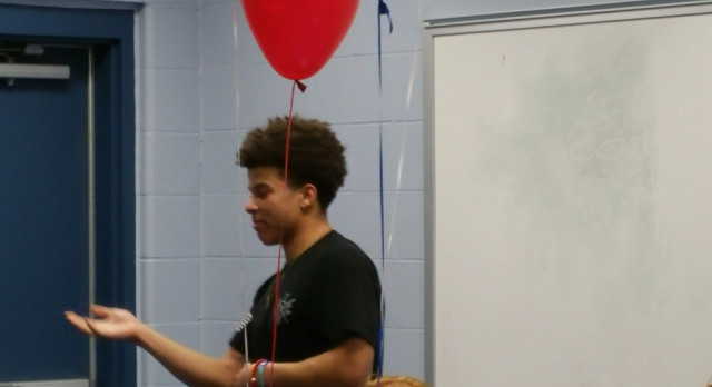 Another College Signer – Tez Hines