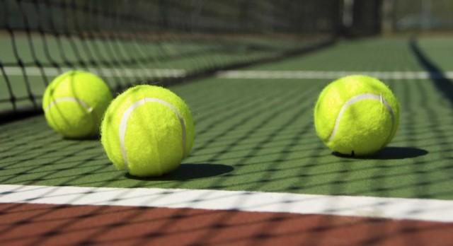 Calistoga High School Coed Varsity Tennis beat Tomales High School 5-0