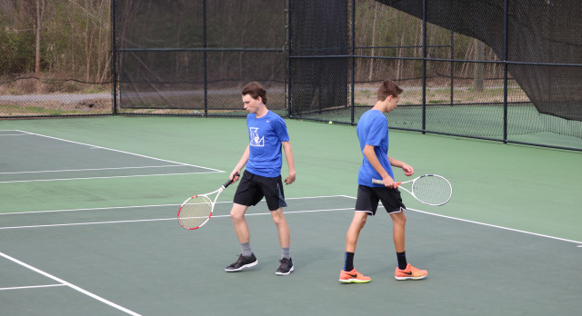 Lebanon High School Boys Varsity Tennis defeats Cookeville High School 5-4