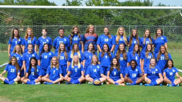 2017-18 girls soccer team pic