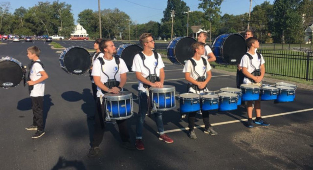Lebanon High School marching band performs– story and pictures from The Lebanon Democrat