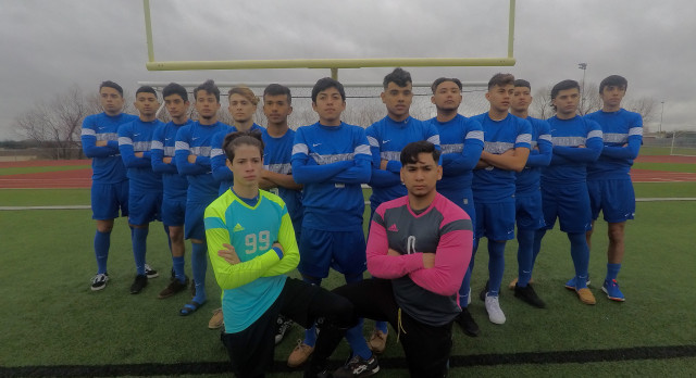 Kyle Lehman High School Boys Varsity Soccer beat Leander High School 3-2