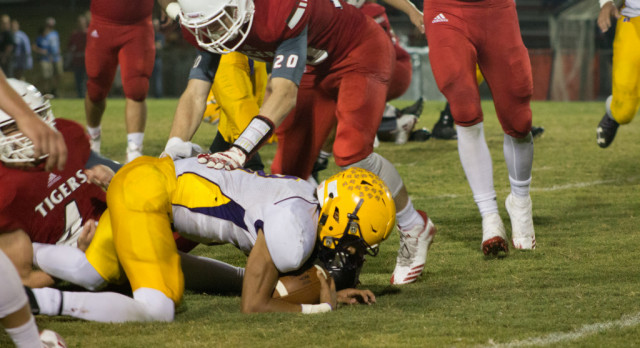 Trousdale County High School Varsity Football falls to Whitwell High School 17-14