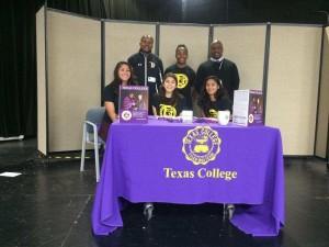 texas signing3