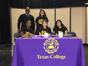 texas college signing2