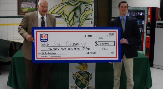 NFL Alumni Scholarship Award