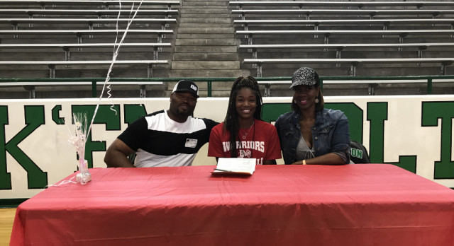 Cleveland Signs with Bacone College