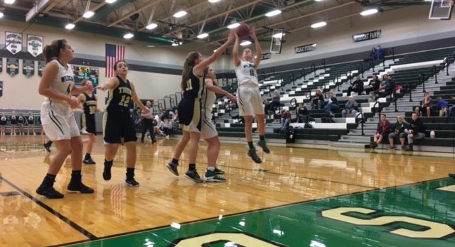 Lady Wildcats Defeat Excelsior Springs 51-8