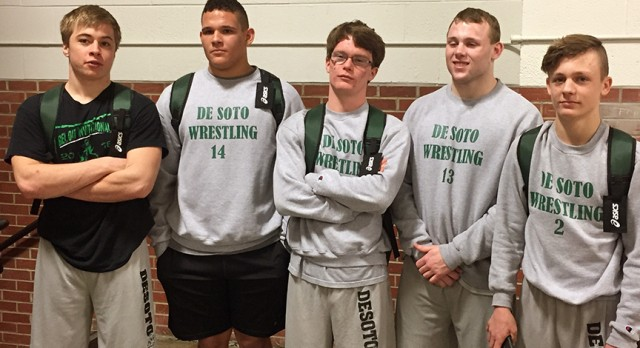 Five Wrestlers Qualify for State