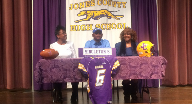 Nick Singleton Signs Football Scholarship