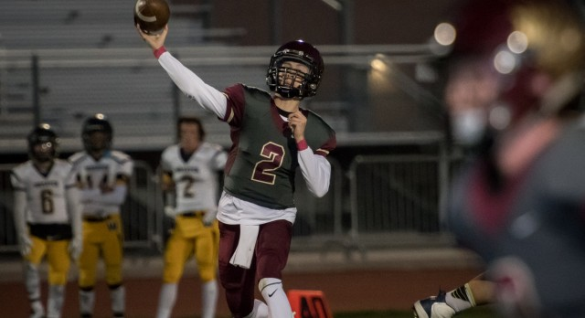 Maple Mountain High School Varsity Football beat Wasatch High School 31-21