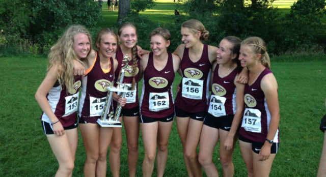Maple Mountain High School Girls Varsity Cross Country finishes 1st place