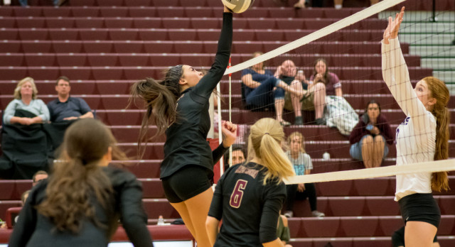 Maple Mountain High School Girls Varsity Volleyball falls to Lehi High School 3-2