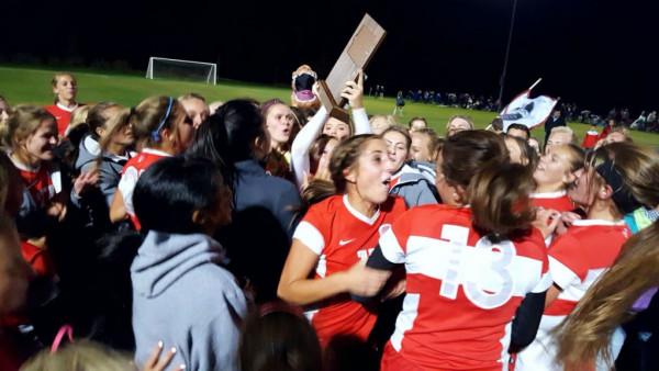 Girls Soccer Champs2