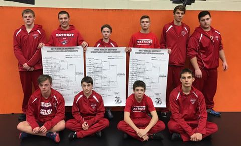 Westwood Wrestlers qualify for Individual MHSAA Regionals.