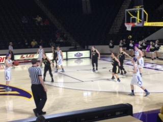 Macon County High School Girls Varsity Basketball falls to Smith County High School 59-55