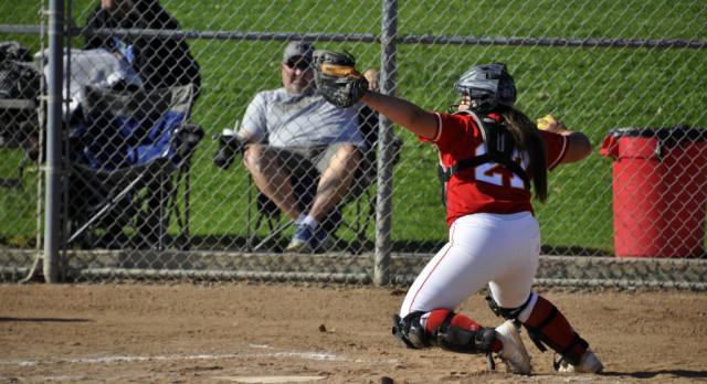 Whittier Christian High School Varsity Softball beat Valley Christian/Cerritos 11-6