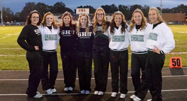"""Senior Cheerleaders honored on """"senior night"""""""
