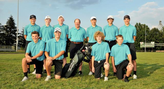 Golf Team District Bound!