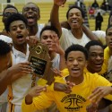 Boys Basketball Defeats DeSmet to Win District Title
