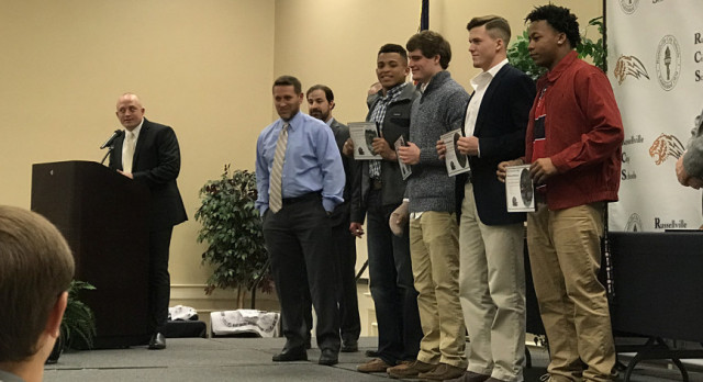 2016 Golden Tiger Football Team and Cheer Squad Honored at Banquet