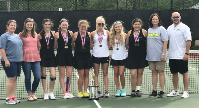 Historic Performance for Girls' Tennis Team at Sectionals