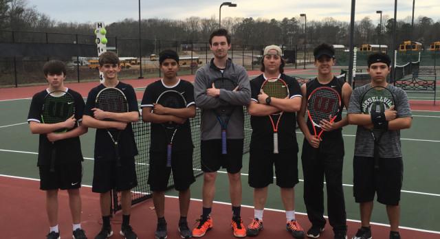 Boys Tennis Advances to State Tournaments