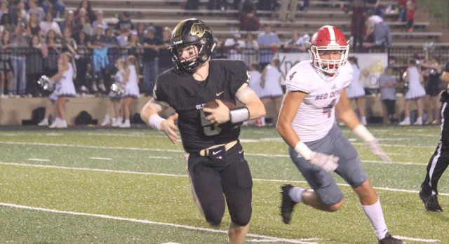 Football Names Players of the Week for Lawrence County Game