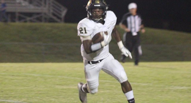 Golden Tigers Get 42-21 Road Win vs. JPII