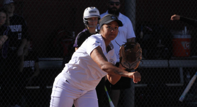Ridge Softball Goes Into Day Four With a 3 -1 Record