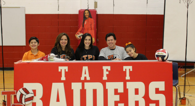 Aguilar Signs letter of Intent